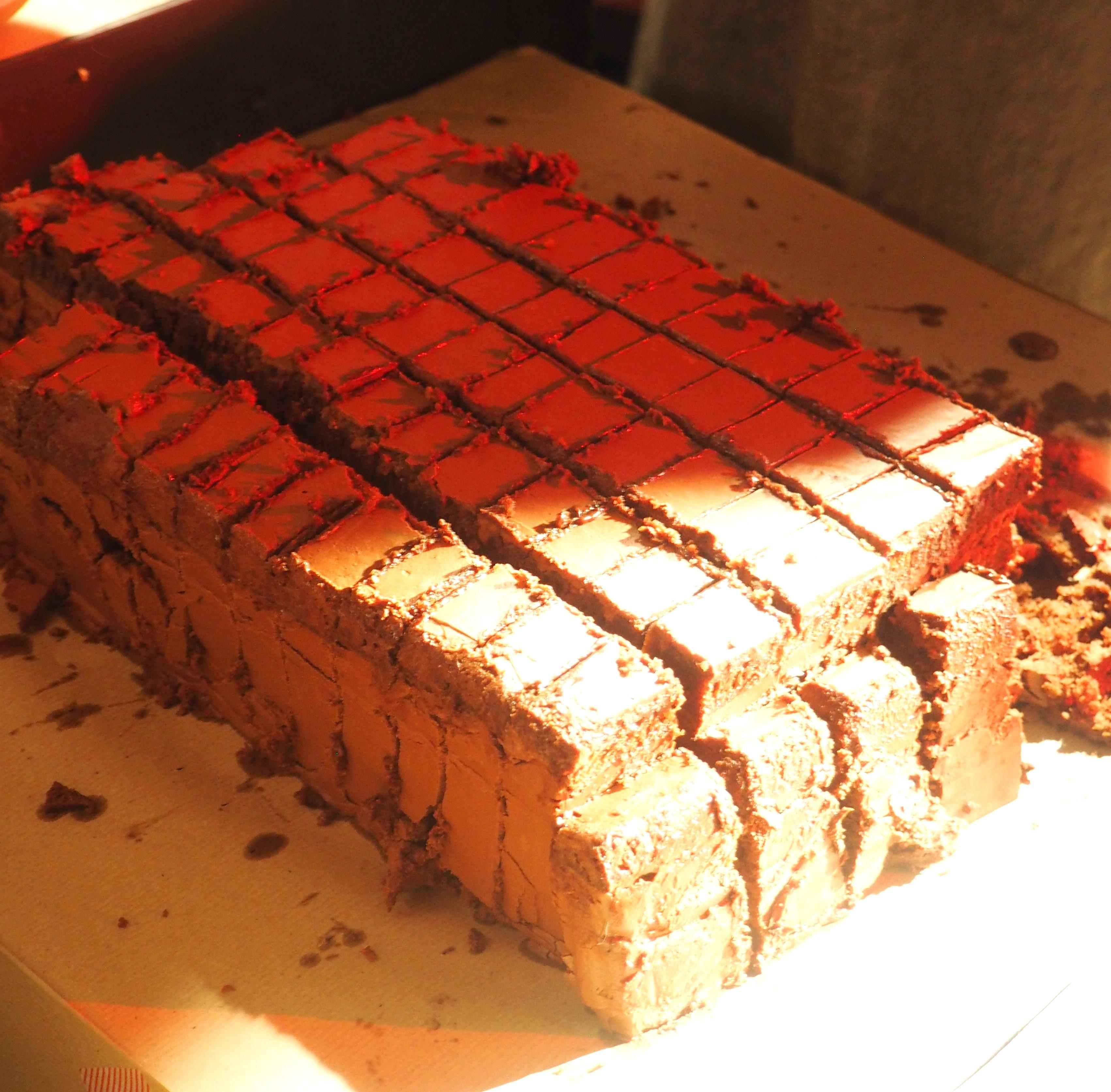 Enorme gâteau au chocolat de Julien Apolon - Mathilda - Roald Dahl - l'Ane à nageoires