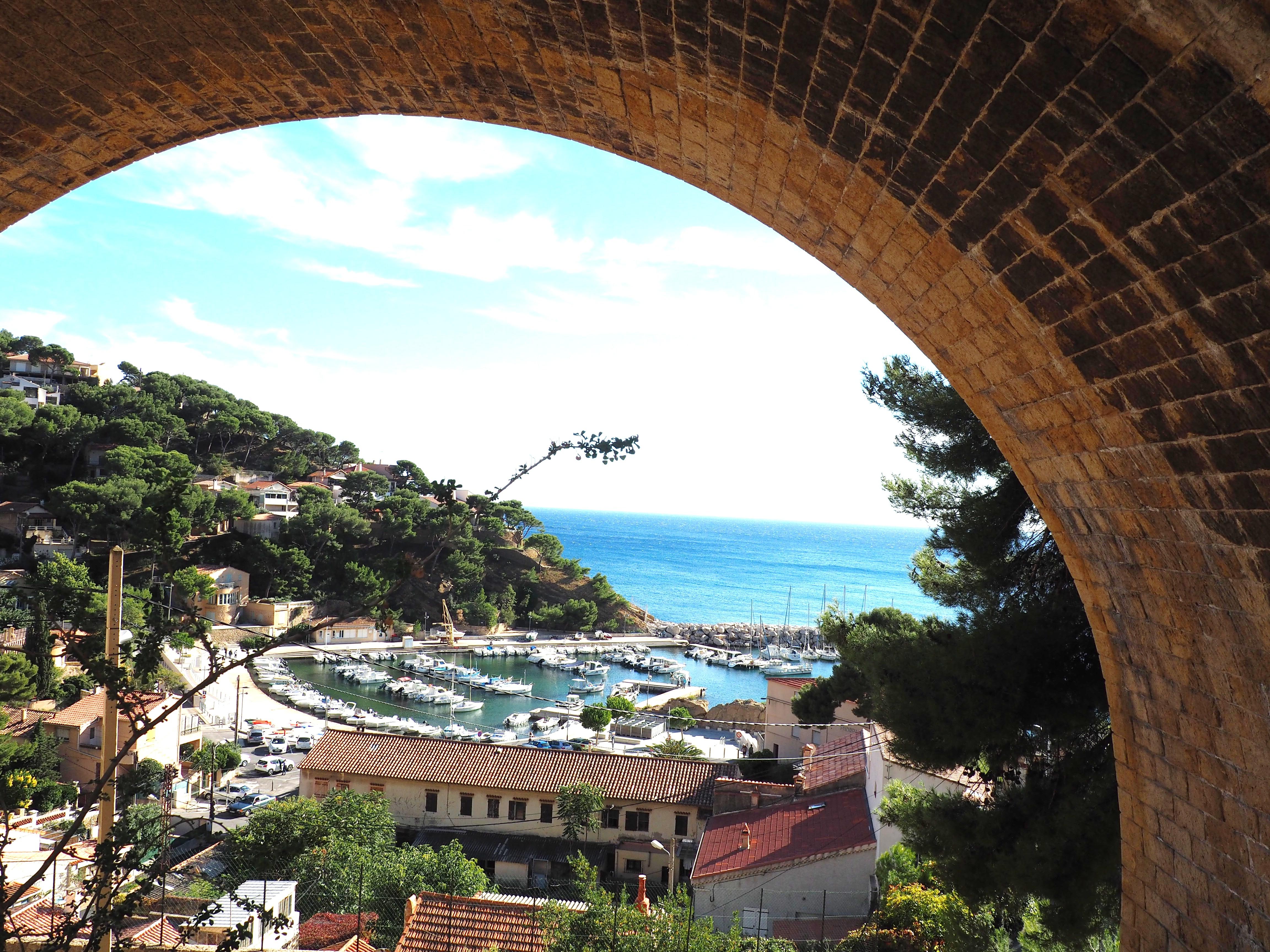 Calanque Ansues la Redonne - Le train bleu de la côte bleue -