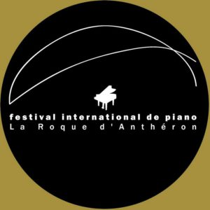 Pianos à la Roque d'Anthéron -