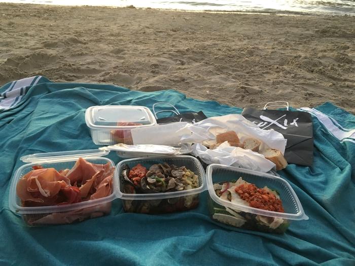 Deliveroo Marseille - Livraison Fuxia à la plage