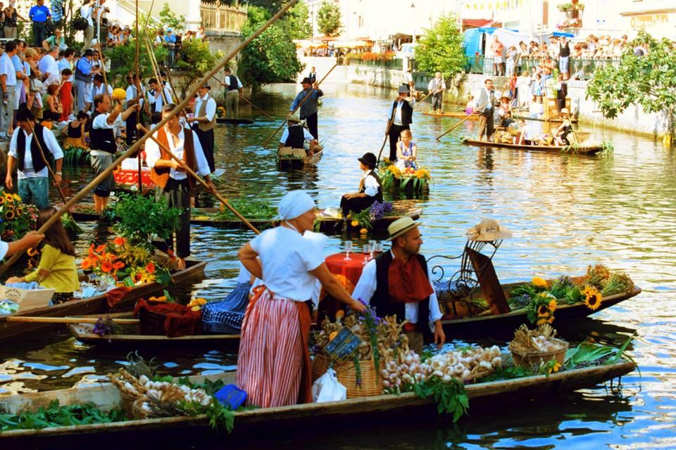 Marché flottant L'Isle sur la Sorgue