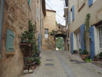 Àla découverte du joli petit village de Jouques avec Elan Jouques !