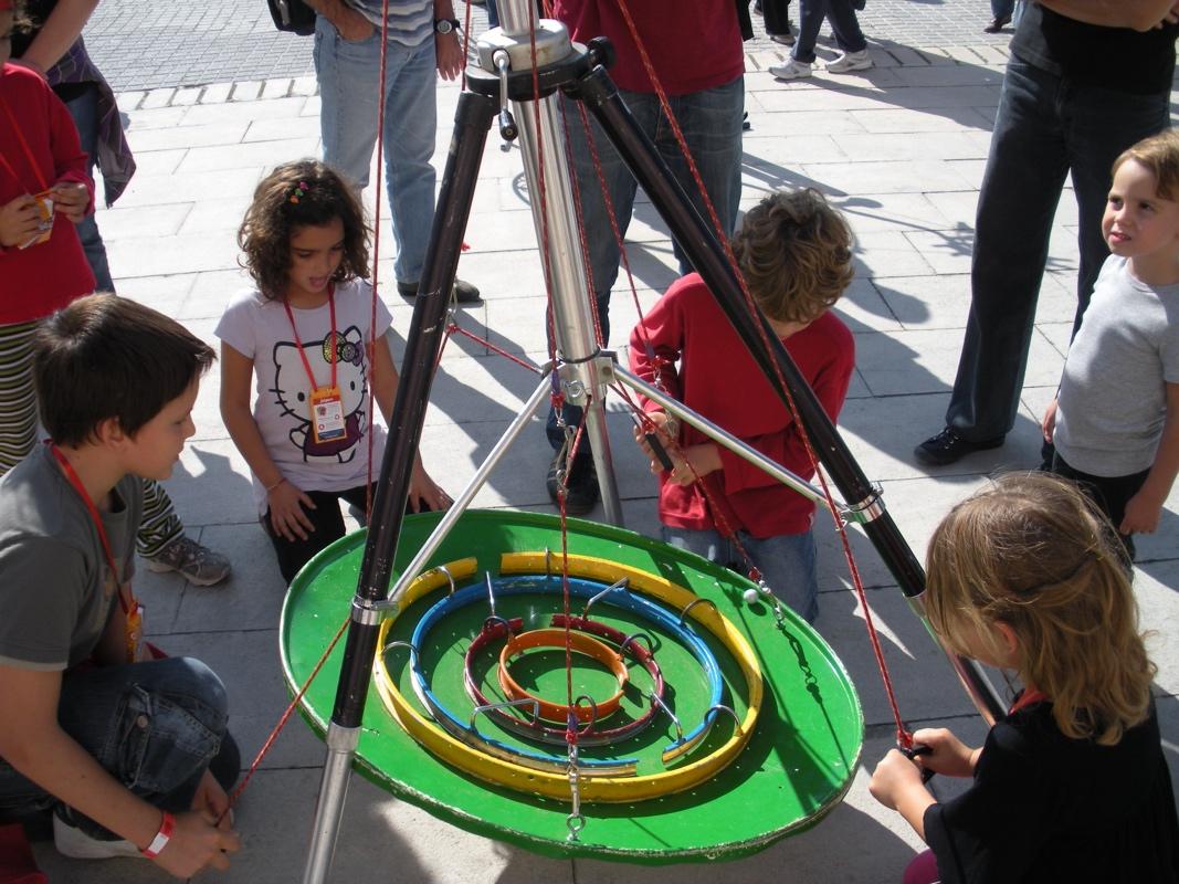 35 jeux interactifs au Village chapiteaux